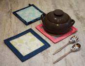 Hot Stuff Trivet and Pot Holder Small sewing pattern from Around the Bobbin 2
