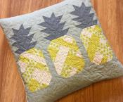 Pineapple Farm quilt sewing pattern by Elizabeth Hartman 4