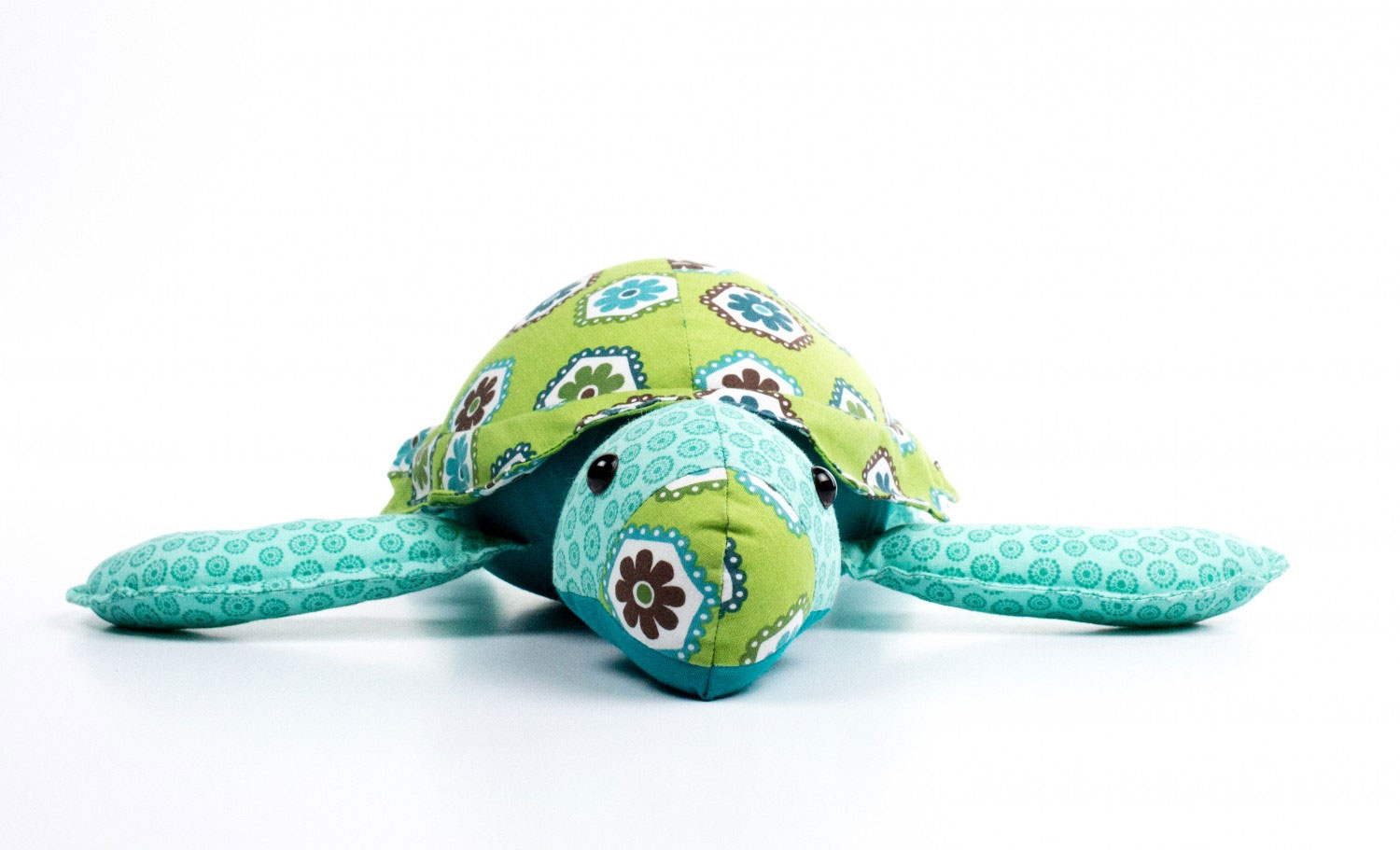 Stue-the-Sea-Turtle-sewing-pattern-Funky-Friends-Factory-1