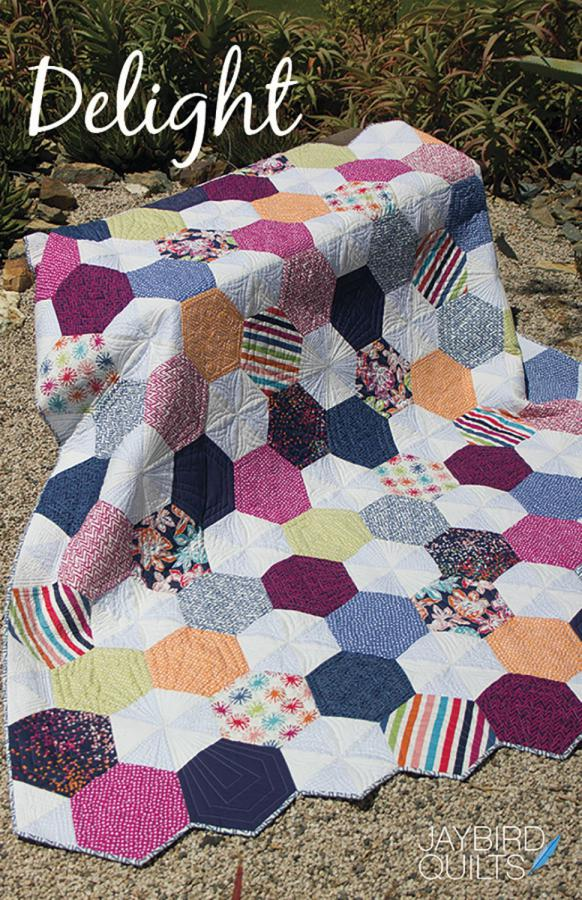 Delight quilt sewing pattern from Jaybird Quilts