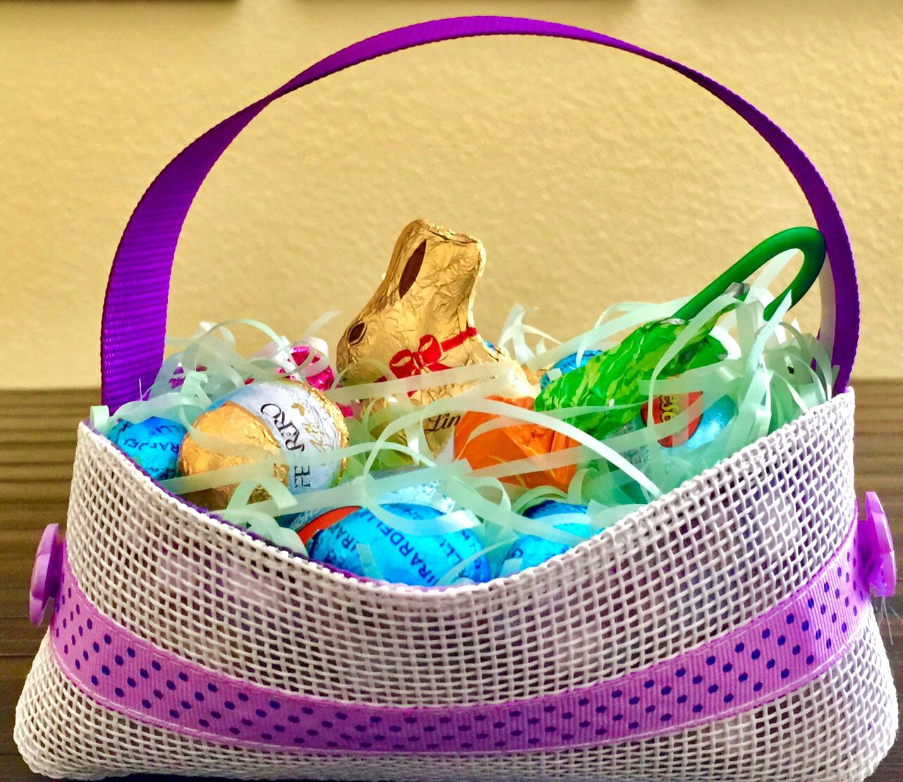 PurpleHandle_WhiteMesh_EasterBasket