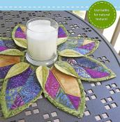 Fold 'N Stitch Leaf topper sewing pattern by Poorhouse Quilt Designs 2