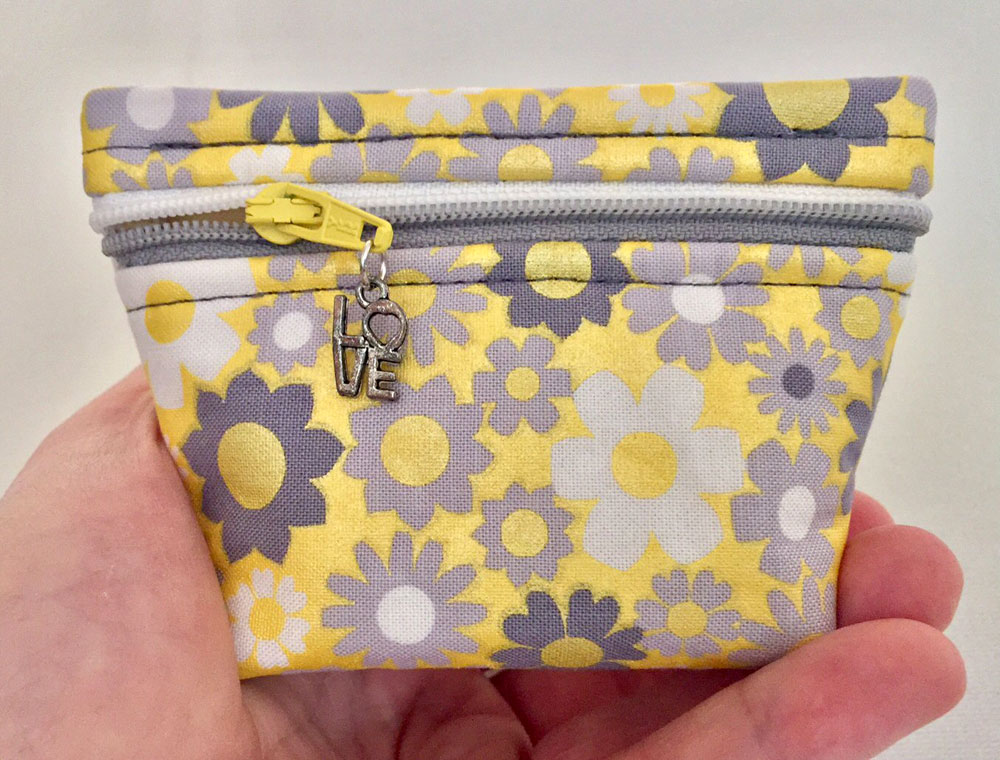 StandZa-Zip-Bag-sewing-pattern-Sew-TracyLee-Designs-7
