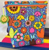 PRINT - StandZa Zip Bags sewing pattern from Sew TracyLee Designs 7