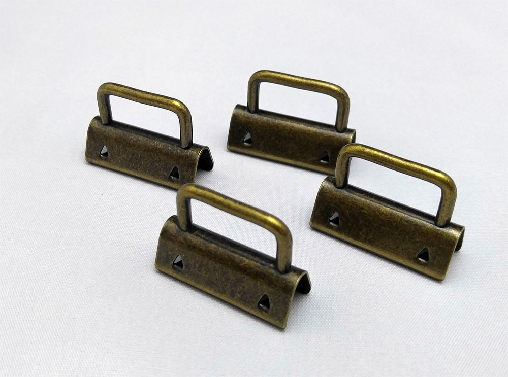 Strap-Ends-4-Pack-AntiqueBrass-Sew-TracyLee-Desgins