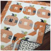 Pumpkin Pie quilt sewing pattern from The Pattern Basket 2