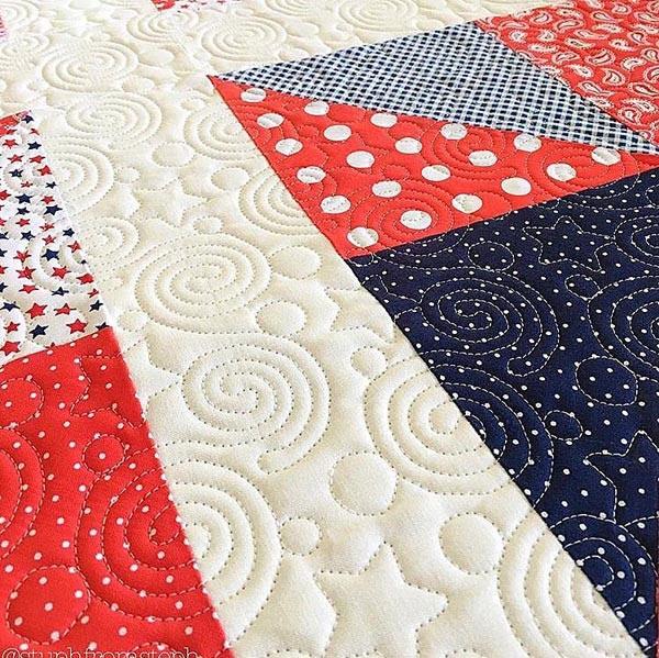 Liberty-quilting-pantograph-pattern-Leisha-Farnsworth-3